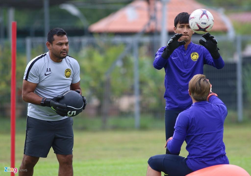 Malaysia doi san tap xa thanh pho sau khi Viet Nam den Kuala Lumpur hinh anh 9