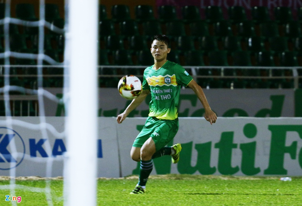Ngo Tung Quoc,  Viet Nam,  Can Tho,  Asian Cup,  no luong,  Park Hang Seo,  tan binh,  doi tuyen quoc gia anh 2