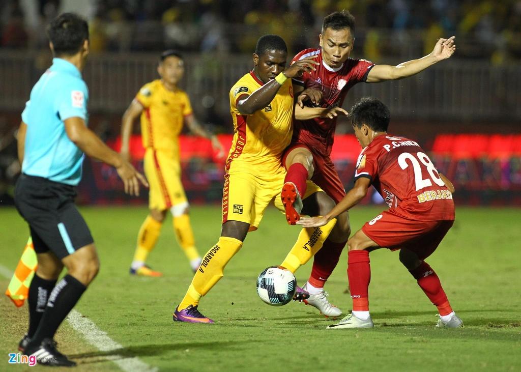 Ngoai binh cua CLB Thanh Hoa coi ao, chi mat trong tai FIFA hinh anh 5