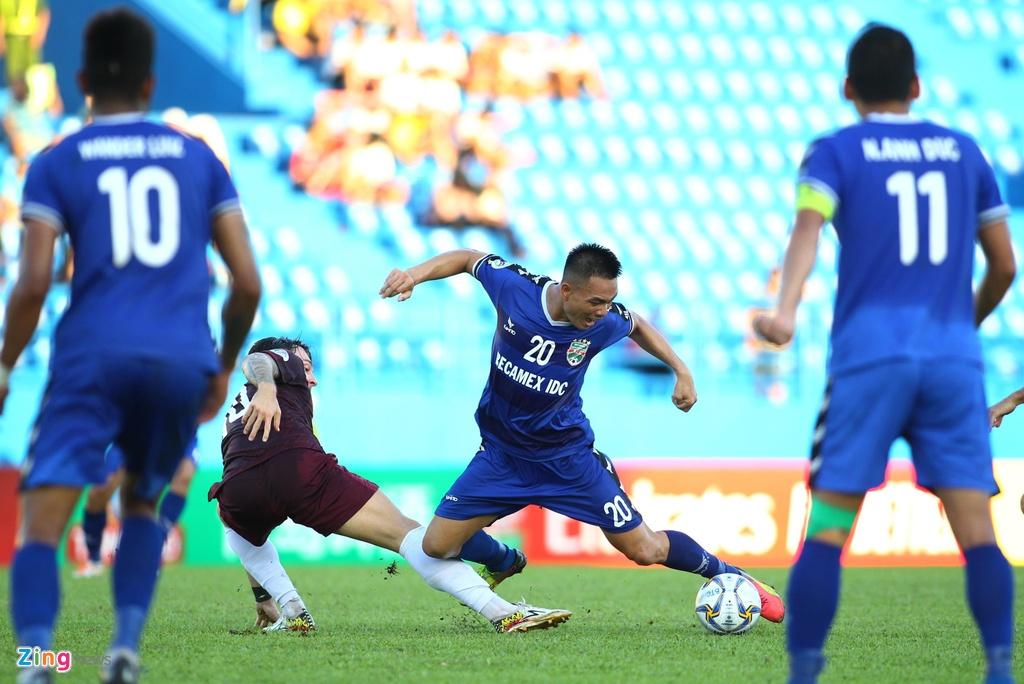 Tien Linh ghi ban thang dau tien o AFC Cup mua nay hinh anh 4