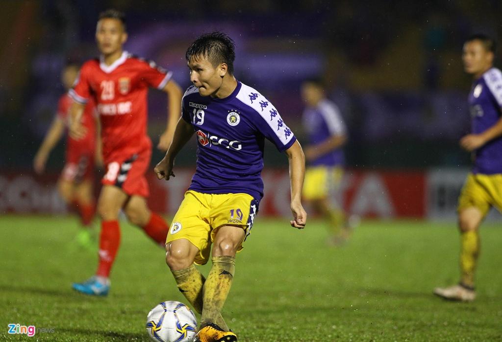 Quang Hai sat canh cung than tuong o chung ket AFC Cup hinh anh 4