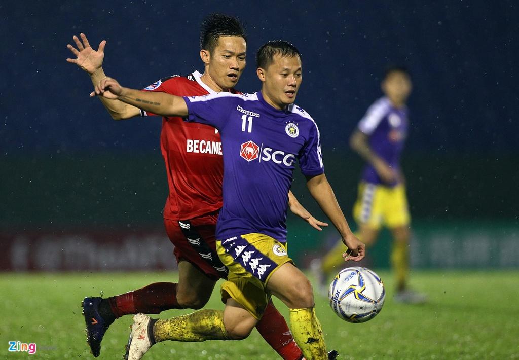 Quang Hai sat canh cung than tuong o chung ket AFC Cup hinh anh 6