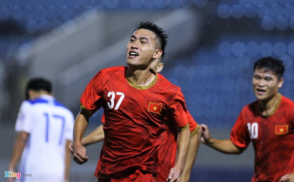 U21 Viet Nam thang dam Dai hoc Hanyang trong mua lon hinh anh 2
