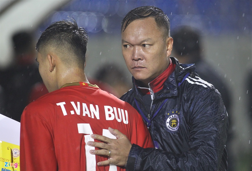U21 Viet Nam thang dam Dai hoc Hanyang trong mua lon hinh anh 8