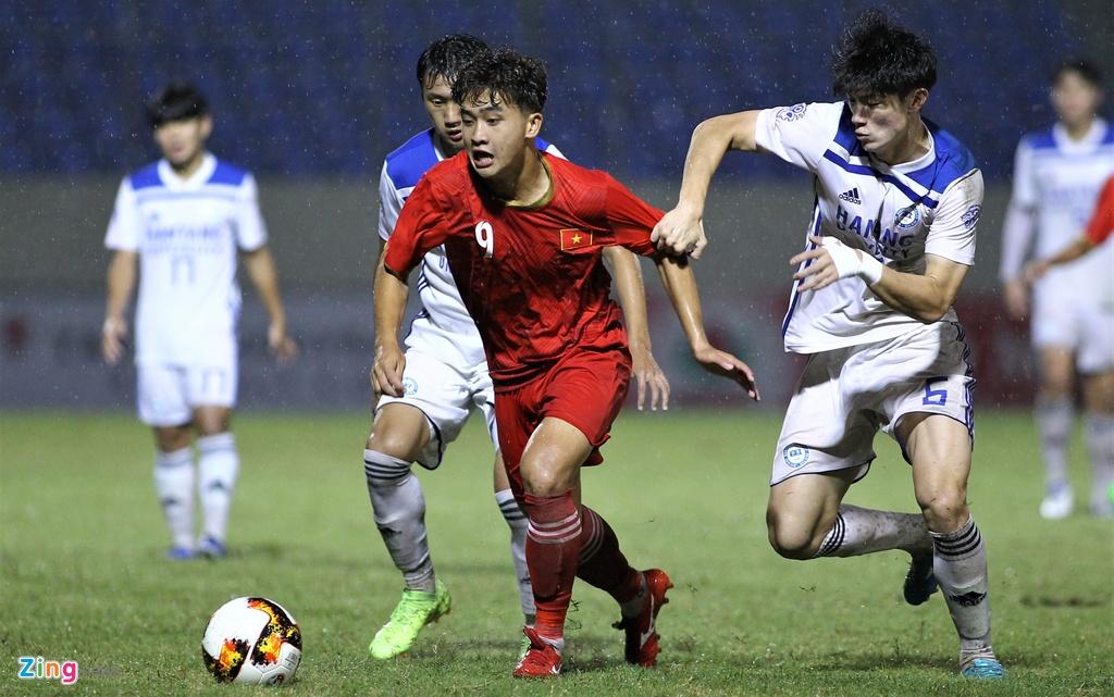 U21 Viet Nam thang dam Dai hoc Hanyang trong mua lon hinh anh 3