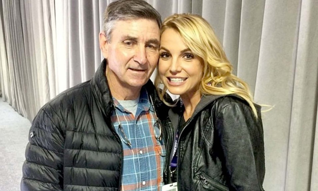Britney Spears - cong chua nhac pop va cu truot dai trong su nghiep hinh anh 17 26.jpg