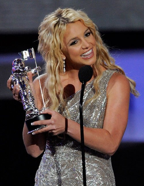 Britney Spears - cong chua nhac pop va cu truot dai trong su nghiep hinh anh 21 30.jpg