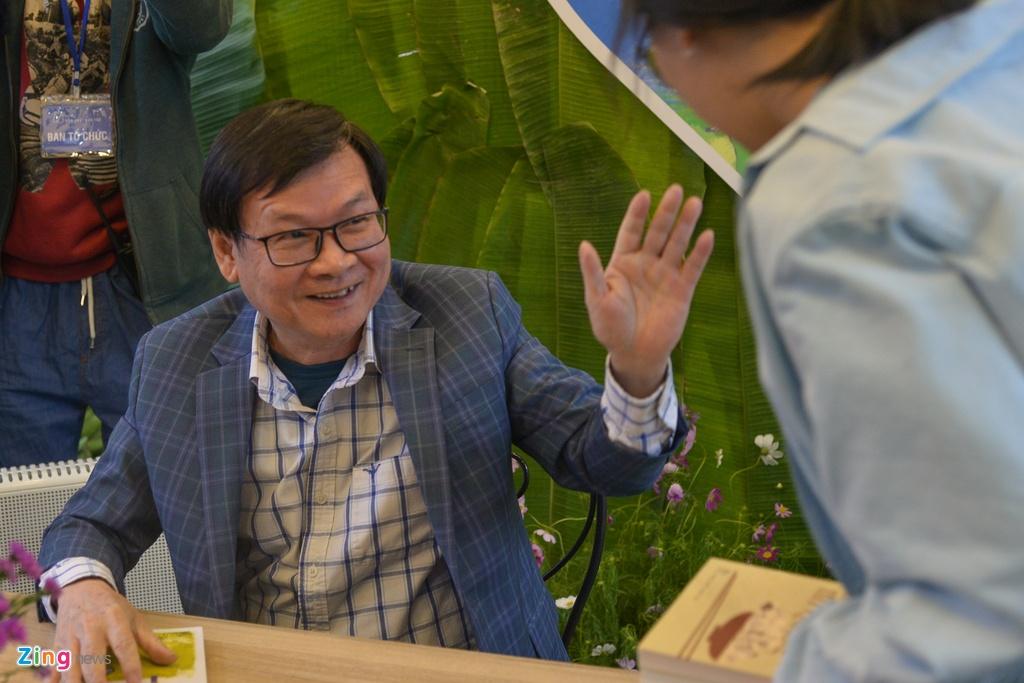 Nha van Nguyen Nhat Anh ky tang sach anh 7