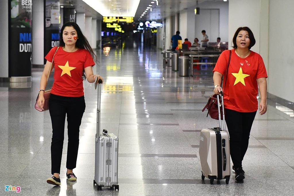 CDV Viet Nam len duong du tran tranh giai ba va don cau thu ve nuoc hinh anh 16