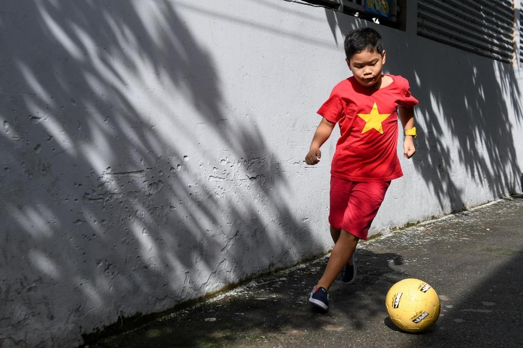 Du doan Viet Nam thang 1-0, CDV bat ngo chia nhau giai 247 trieu dong hinh anh 9