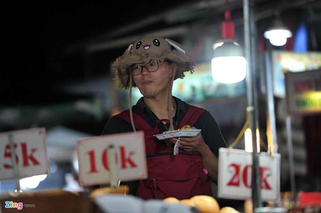 Cho dem Phu Quoc vang ve khac la dip nghi le hinh anh 10  - 10_zing - Chợ đêm Phú Quốc vắng vẻ khác lạ dịp nghỉ lễ