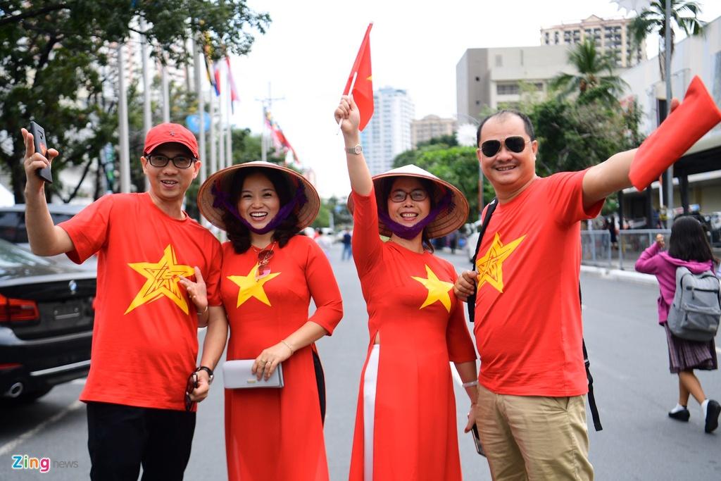 CDV Viet Nam tien ve san Rizal Memorial truoc gio bong lan hinh anh 6