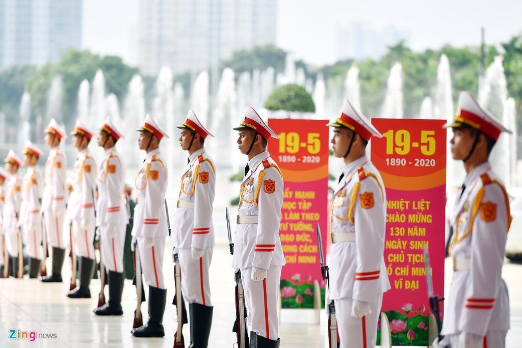 Lanh dao du Le ky niem 130 nam ngay sinh Chu tich Ho Chi Minh hinh anh 2 195_zing_1_.jpg