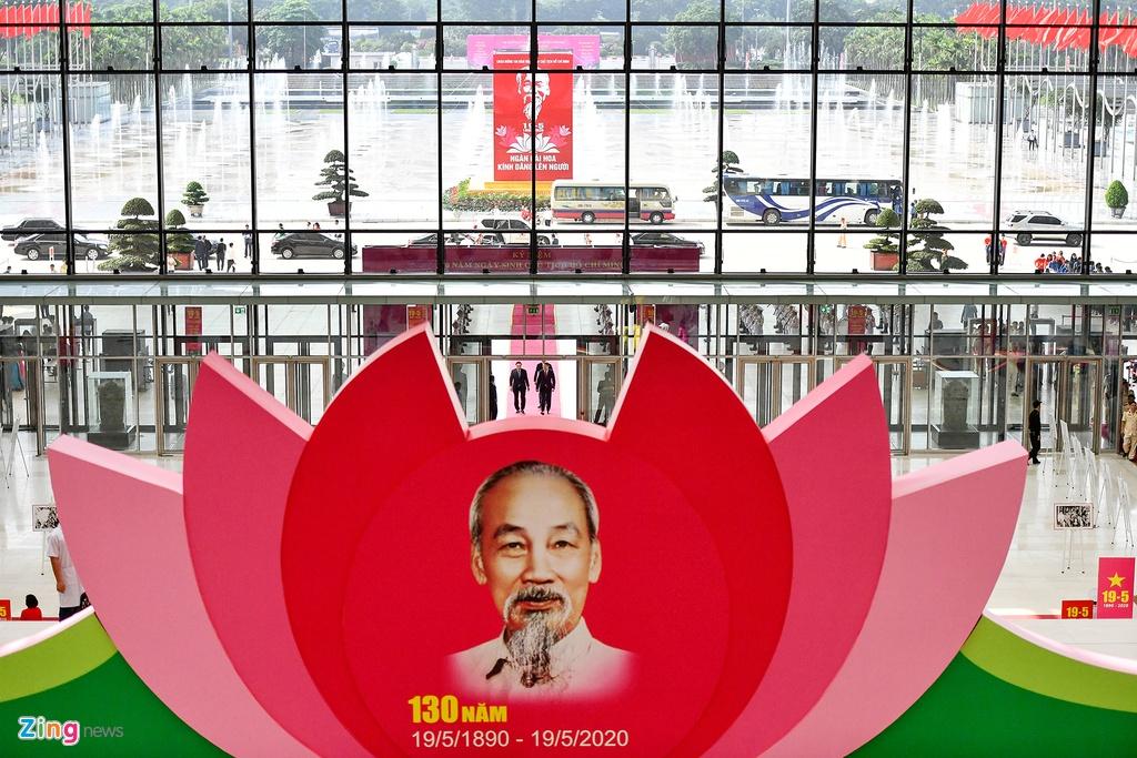 Lanh dao du Le ky niem 130 nam ngay sinh Chu tich Ho Chi Minh hinh anh 1 DSC_6618_zing.jpg