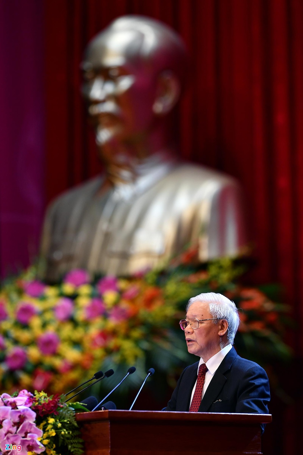 Lanh dao du Le ky niem 130 nam ngay sinh Chu tich Ho Chi Minh hinh anh 13 bac_ho_zing4.jpg