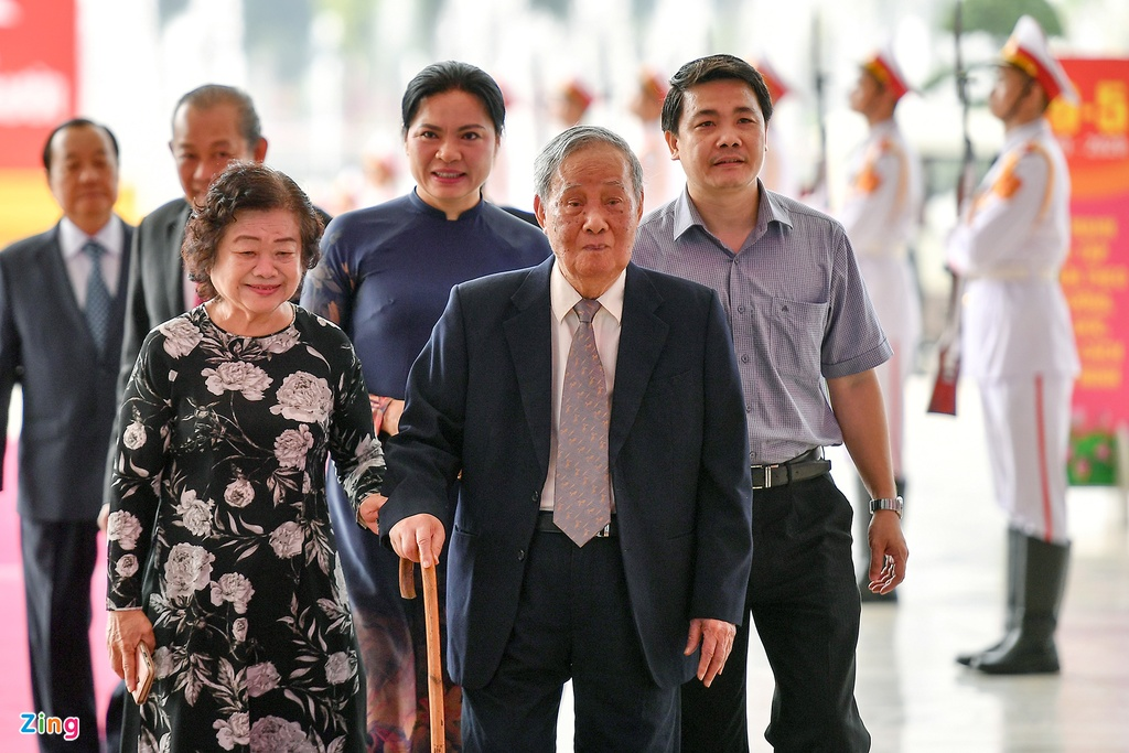 Lanh dao du Le ky niem 130 nam ngay sinh Chu tich Ho Chi Minh hinh anh 10 vu_oanh_zing.jpg