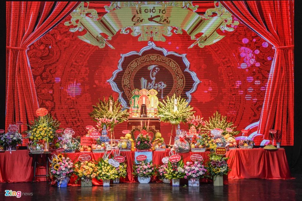 Thanh Son,  Thu Quynh dang huong ngay gio To san khau anh 1