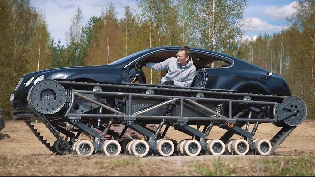 Bien Bentley Continental GT thanh 'xe tang' hinh anh 1