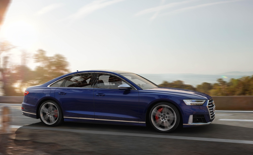 'Sieu sedan' Audi S8 2020 lo dien, khoi diem tu 100.000 USD hinh anh 3