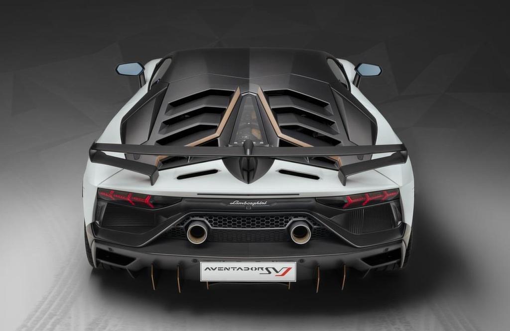 Chuyen nguoc doi, Lamborghini so ban nhieu xe hinh anh 2