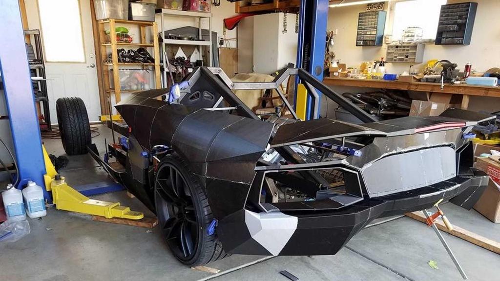 Tu san xuat sieu xe Lamborghini Aventador bang may in 3D hinh anh 2