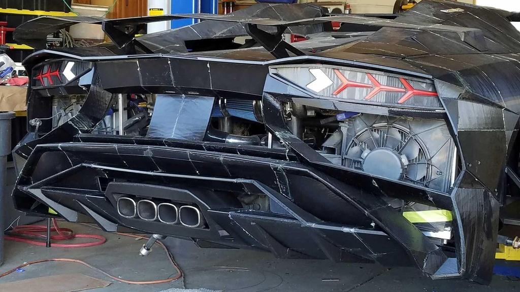 Tu san xuat sieu xe Lamborghini Aventador bang may in 3D hinh anh 5