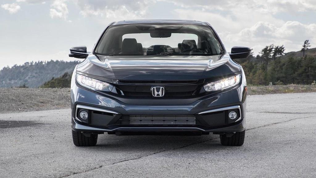 so sanh Honda Civic 2019 va Mazda3 2019 anh 3