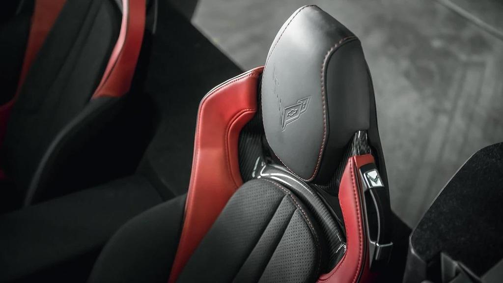 danh gia noi that sieu xe Chevrolet Corvette C8 2020 anh 10