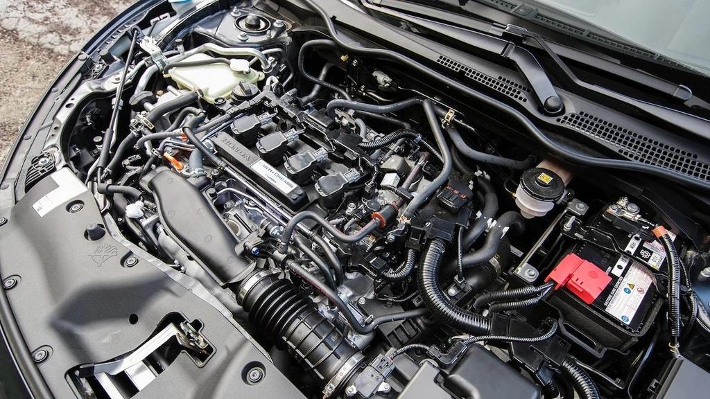 so sanh Toyota Corolla XSE 2020 va Honda Civic Touring 2019 anh 15