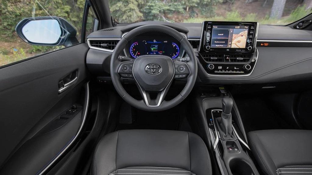 so sanh Toyota Corolla XSE 2020 va Honda Civic Touring 2019 anh 10