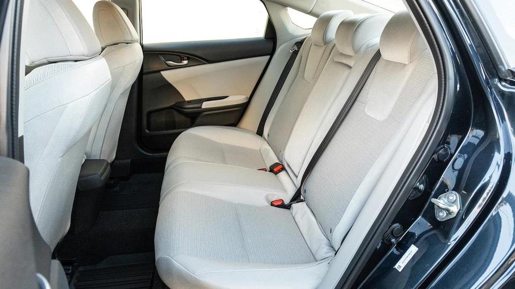Danh gia Honda Insight 2019 - dan anh Civic, dan em Accord hinh anh 17
