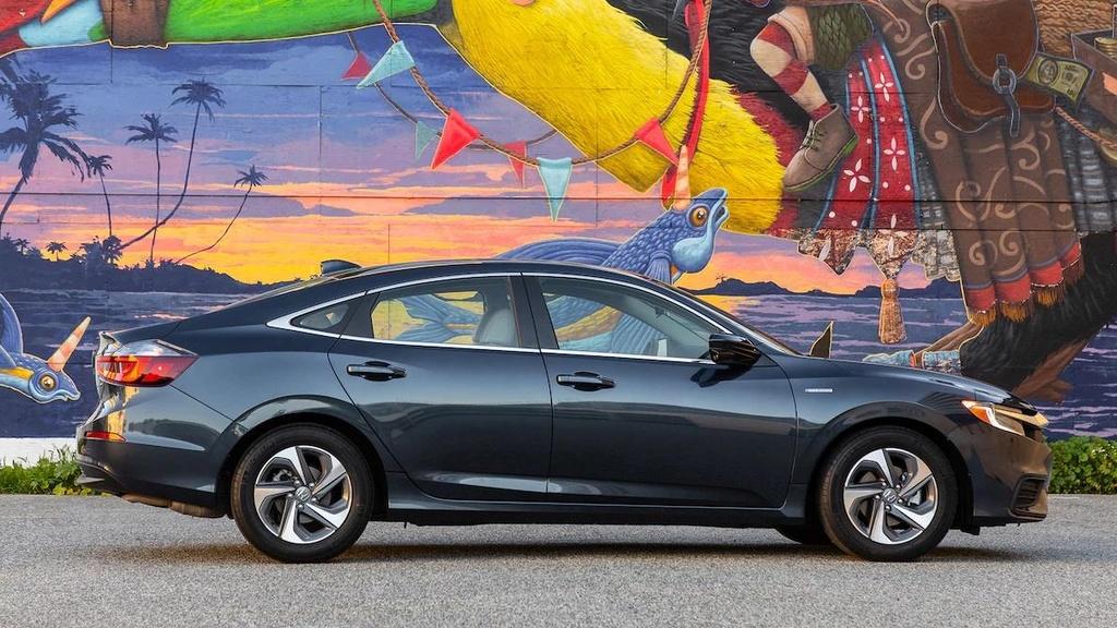 Danh gia Honda Insight 2019 - dan anh Civic, dan em Accord hinh anh 9