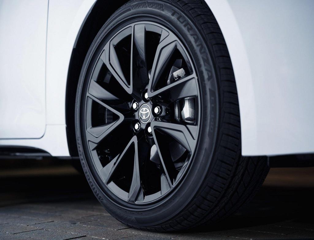 Toyota Corolla 2020 co phien ban bong dem anh 4