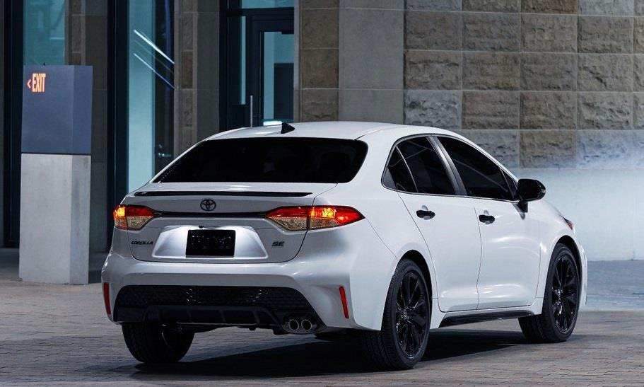 Toyota Corolla 2020 co phien ban bong dem anh 2