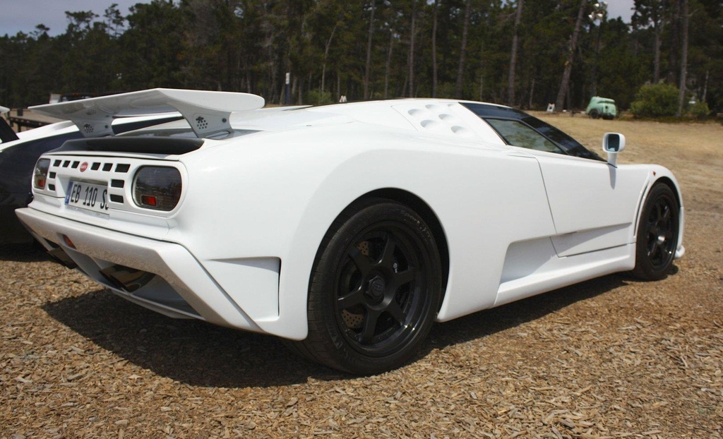 Kham pha Centodieci 2020 - sieu xe 9 trieu USD manh nhat cua Bugatti hinh anh 12