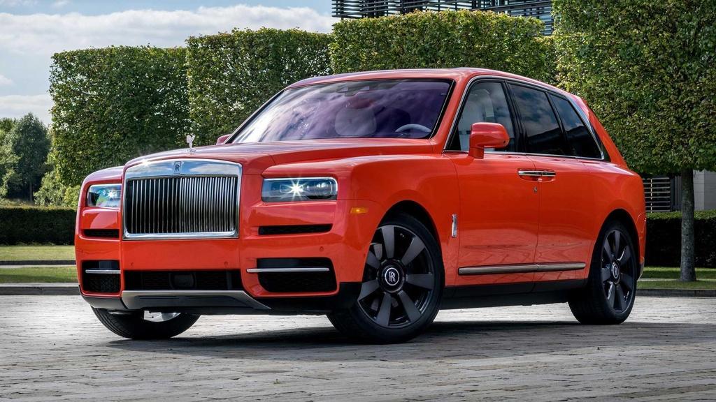 Nguoi dan ong nay so huu 10 xe Rolls-Royce, moi chiec mot mau hinh anh 3