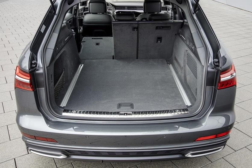 Audi RS6 dau voi Mercedes-AMG E63 - tran chien xe gia dinh hang sang hinh anh 12