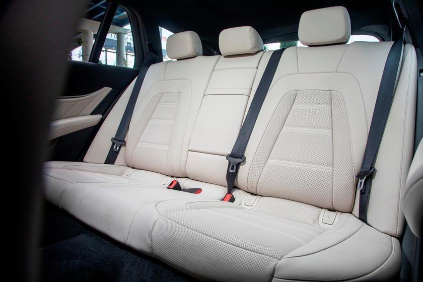 Audi RS6 dau voi Mercedes-AMG E63 - tran chien xe gia dinh hang sang hinh anh 16