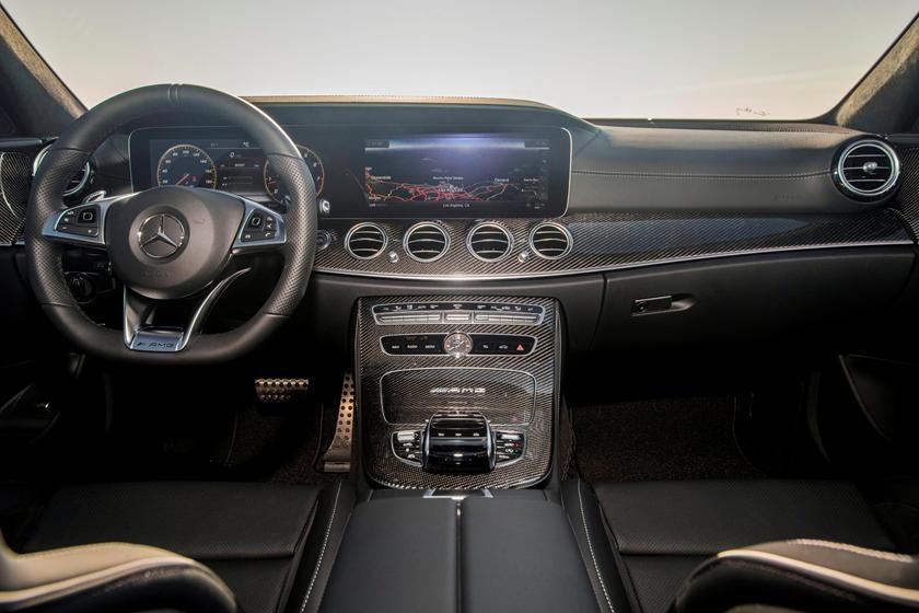 Audi RS6 dau voi Mercedes-AMG E63 anh 11