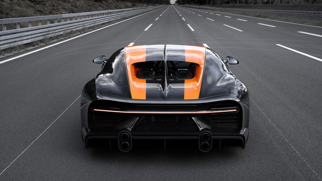 Bugatti Chiron pha ky luc toc do anh 4
