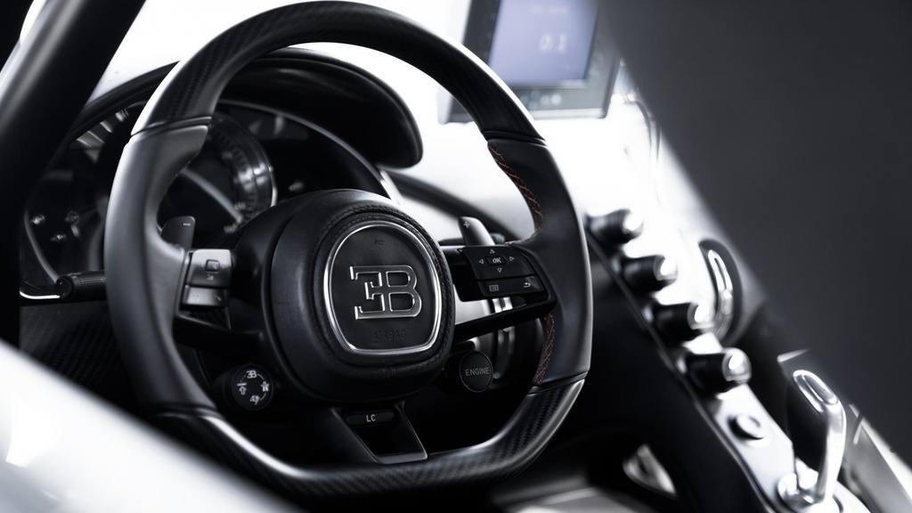 Bugatti Chiron pha ky luc toc do anh 6