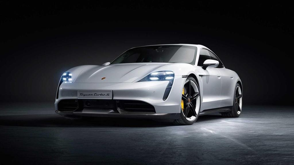 Porsche Taycan 2020 ra mat anh 3
