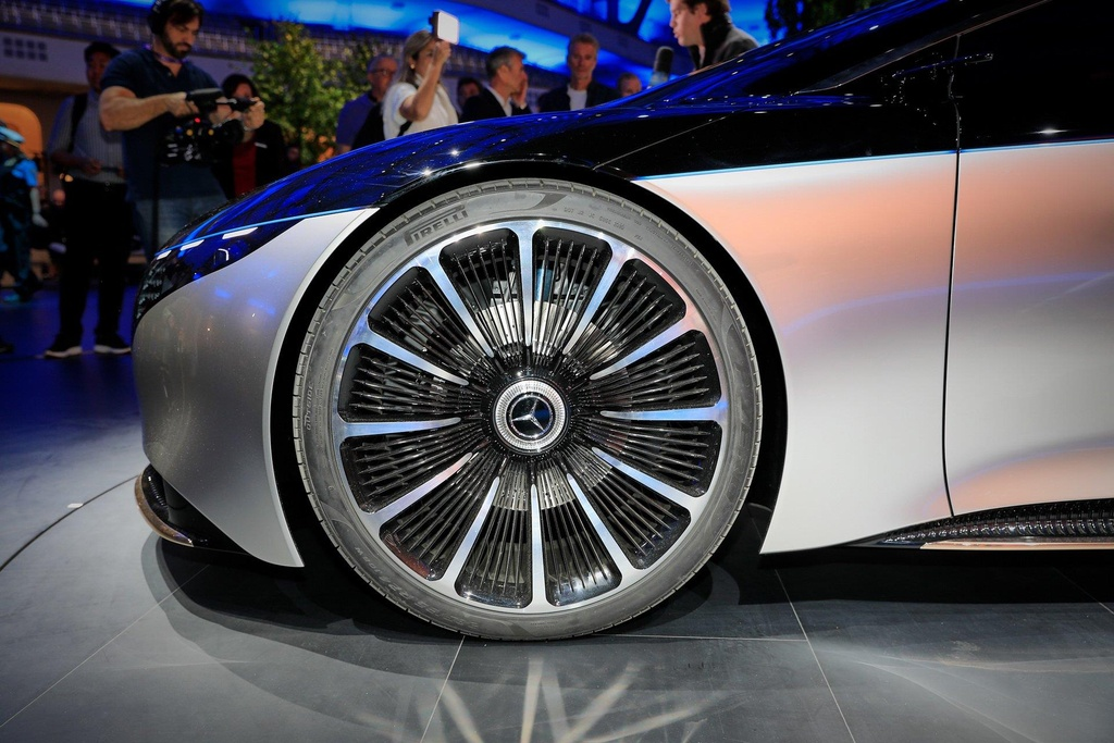 concept xe dien tuong lai cua Mercedes anh 10