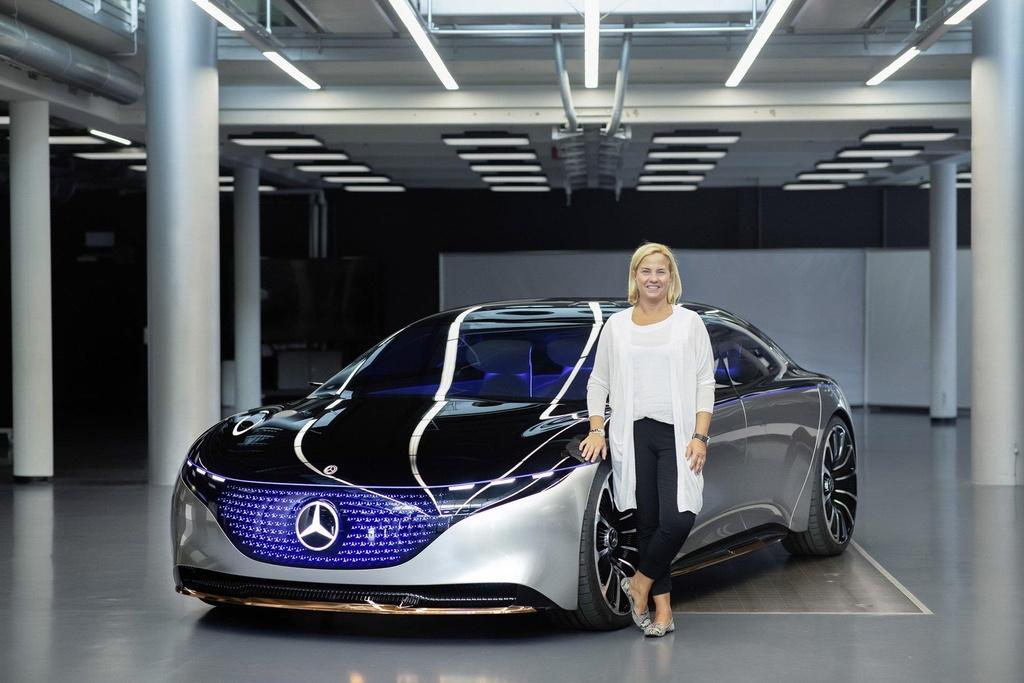concept xe dien tuong lai cua Mercedes anh 11