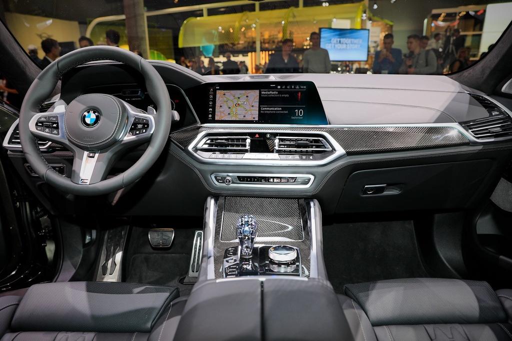 BMW X6 the he moi lo dien, 'qua than' ham ho, suc manh an tuong hinh anh 4