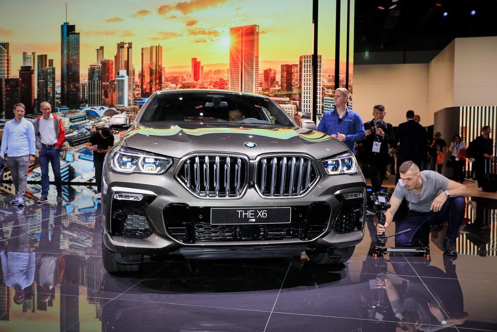 BMW X6 the he moi lo dien, 'qua than' ham ho, suc manh an tuong hinh anh 1
