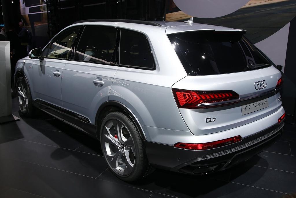 Audi Q7 2020 xuat hien, noi that sang va hien dai hinh anh 4