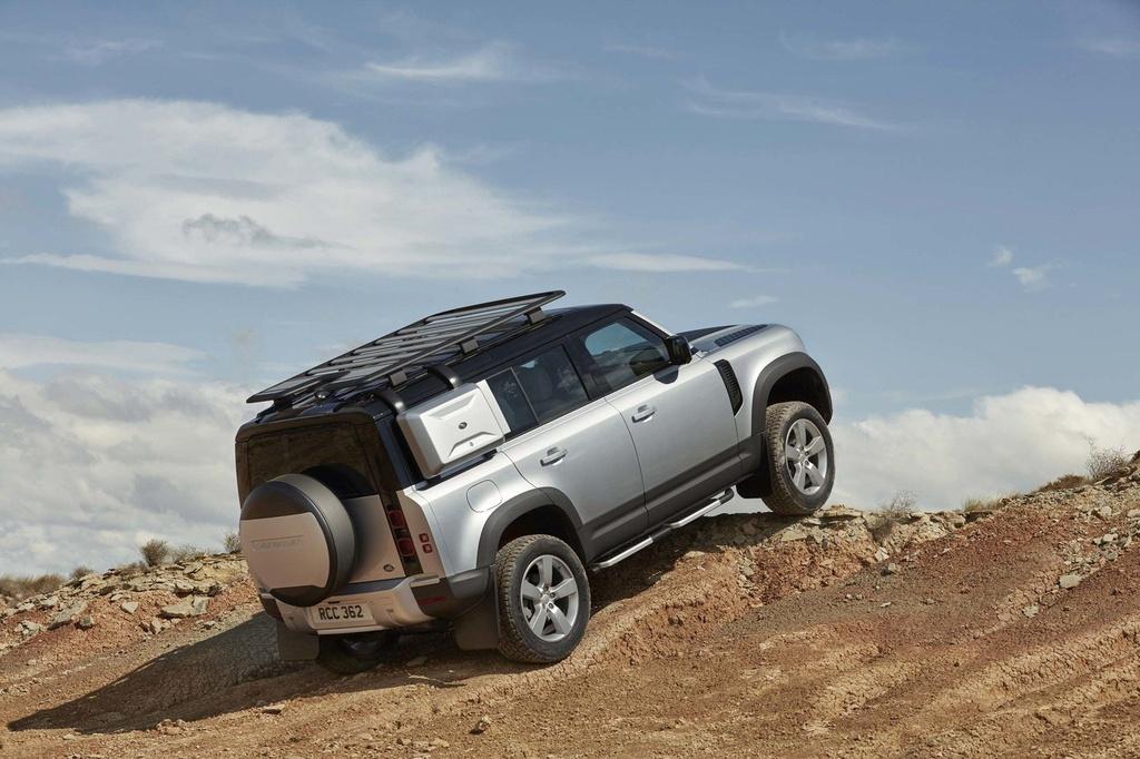 Day la ly do Land Rover Defender 2020 khong co phien ban so san hinh anh 6