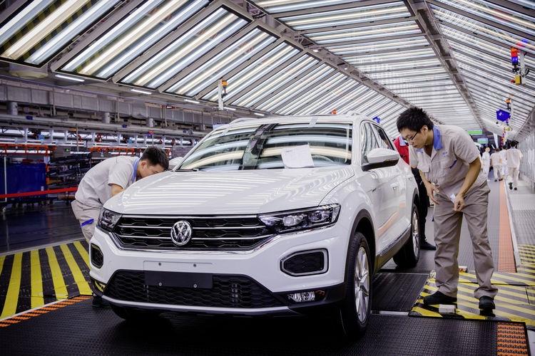Volkswagen cui dau truoc Trung Quoc anh 8