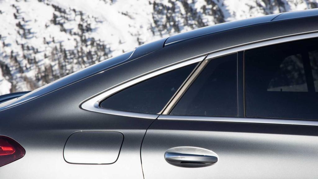Lai thu Mercedes-AMG GLE 53 Coupe 2021 - xe manh nhung nang ne hinh anh 9